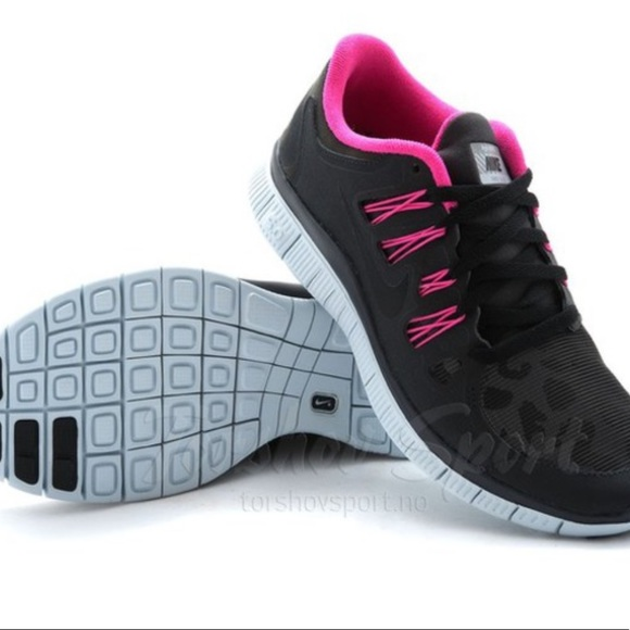 Pink Black Cheetah Nike Free Run 5.0 Tennis Shoes.  M 5a459f77fcdc312f560f36a2 c00b165c6